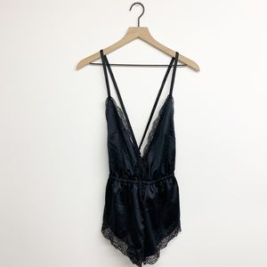 NEW Forever 21 Lace Sleep Romper Strappy Back